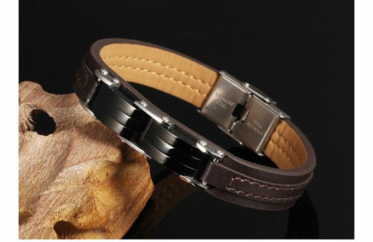 Bracelet pour homme en cuir synthétique marron avec maillons en acier inoxydable noir