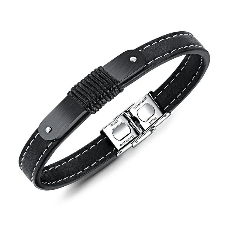 Bracelet pour homme en cuir synthétique avec de jolies coutures blanches sur toute sa longueur.
