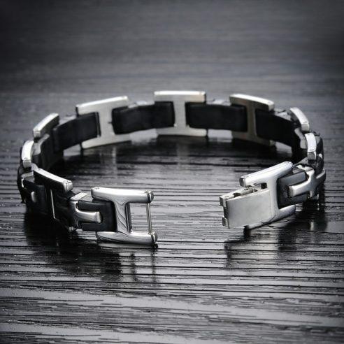 Bracelet en acier inoxydable avec inserts en silicone