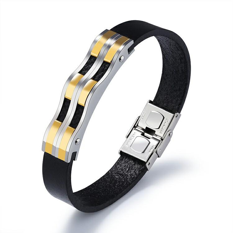 Bracelet en cuir noir avec plaque ondulée en acier inoxydable plaquée or