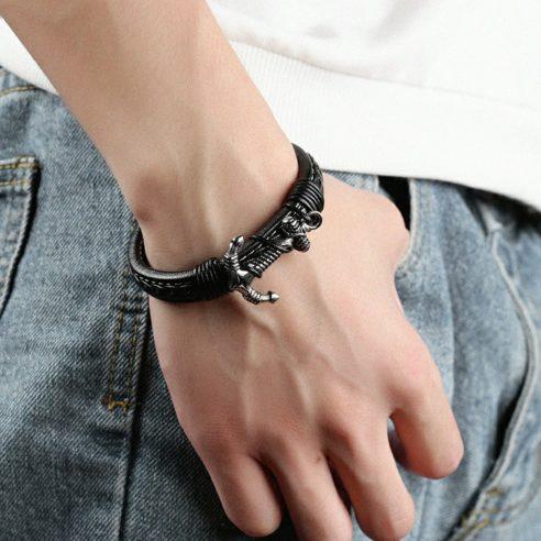 Bracelet en cuir noir avec ancre en acier inoxydable et cordages