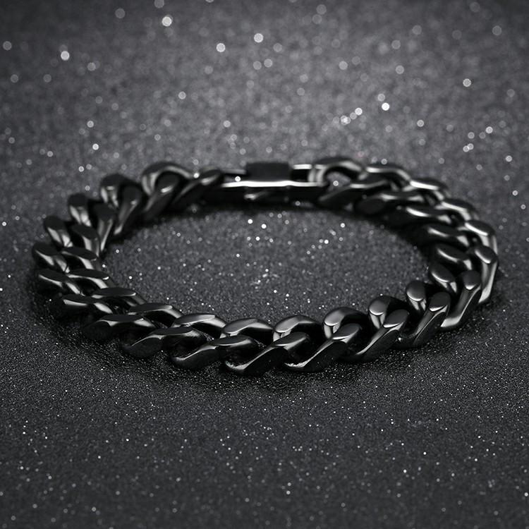 Bracelet en acier inoxydable avec maillons de chaîne de couleur noire