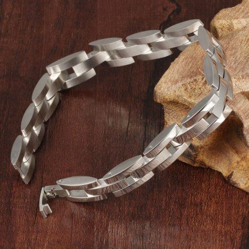Bracelet en acier inoxydable avec maillons de couleur argent