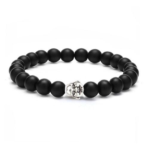 Bracelet pour homme composé d'une élégante tête de bouddha et de perles d'onyx mat.