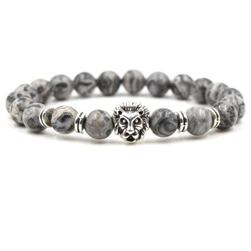 Bracelet pour homme en perle de jaspe composé d'une élégante tête de lion et de quatre disque couleur argent.
