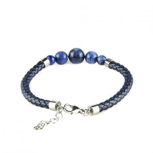 Bracelet pour homme en cuir bleu tressé et avec cinq perles bleues.