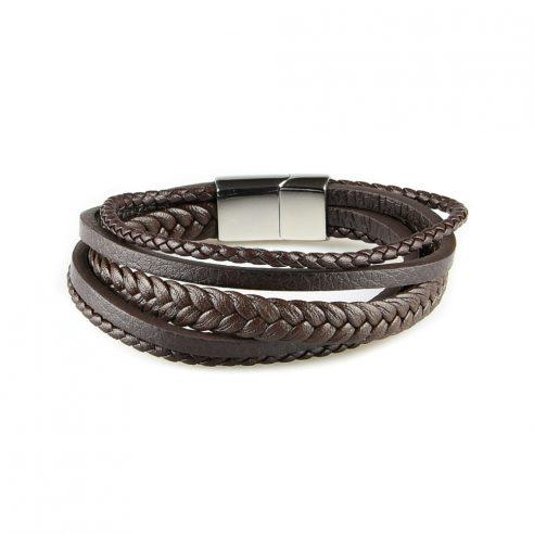 Bracelet pour homme composé de trois lanières de cuir marron tressé et de deux de cuir marron lisse.