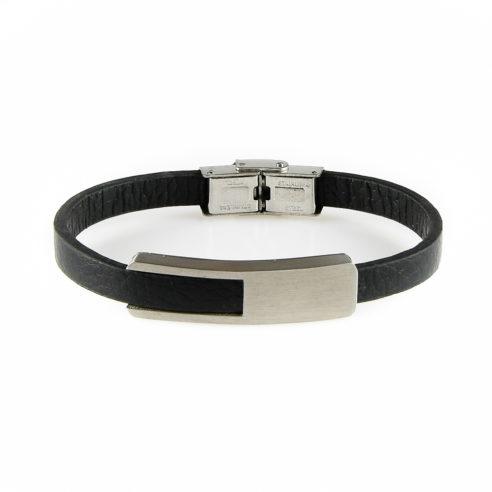 Bracelet pour homme en cuir noir lisse, avec une élégante plaque en acier inoxydable.