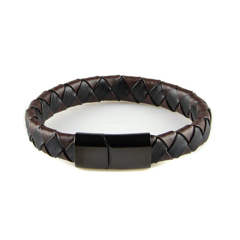 Bracelet pour homme en cuir noir et marron tressé, avec un fermoir en acier inoxydable de couleur noire.