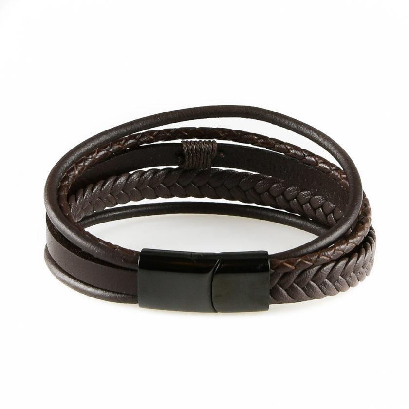 Bracelet pour homme composé de lanières de cuir marron lisse et tressé.
