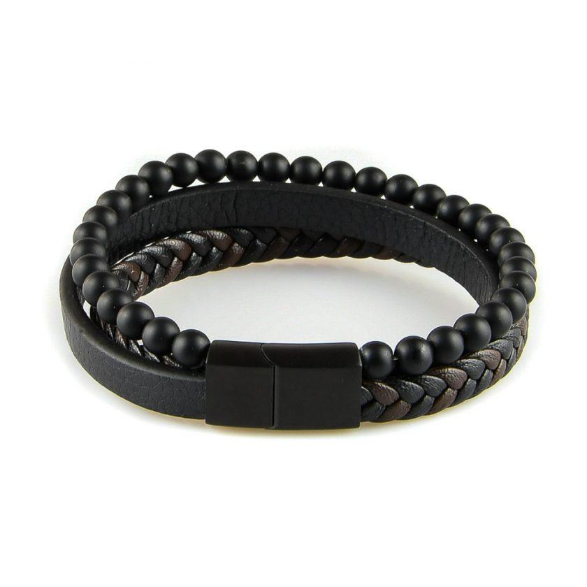 Bracelet pour homme composé d'une lanière de cuir tressé noir et marron, d'une lanière de cuir lisse noir et de pierres d'onyx noir.